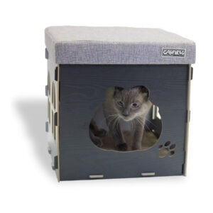 Garfield Cat Condo with included scratcher pads